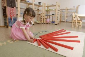 Montessori Materials-Red Rods